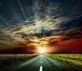 La carretera al atardecer — Foto de Stock