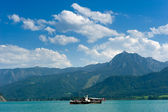 Boat on Wolfgangsee — Stock Photo