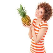 好玩的菠萝在白色背景上的女人 — 图库照片