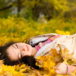 Autumn fashion pretty woman — Stock Photo