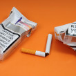 Health Ministry warns smoking is dangerous to health. — Stock Photo