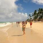 The Dominican Republic. Beach. Girl. — Stock Photo