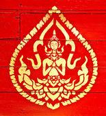 A cor da pintura dourada de deva na madeira no templo — Foto Stock