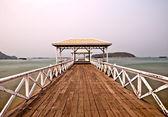 The Beautiful old bridge on Sri chang island at sriracha ampor , — Stockfoto