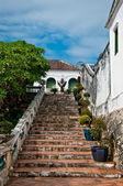 A escadaria do palácio de koh wung, petchaburi província de tailândia — Foto Stock