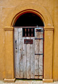 The Vintage wooden door for guest only — Stock Photo