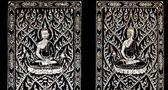 L'arte tailandese di status di buddha scolpita madreperla su legno vecchio — Foto Stock
