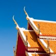 The Beautiful roof of temple on blue sky background — Stock Photo #9610692