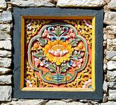 Bhutan kereste duvara gömmek — Stok fotoğraf