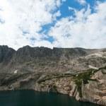Mountain Lake and Waterfall Landscape — Stock Photo