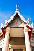 Framför templet. — Stockfoto