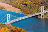Bear Mountain bridge aerial view over Hudson River — Stock Photo