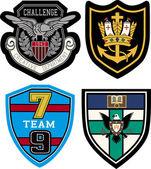 Classic heraldic emblem badge — Stock Vector