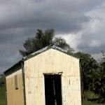 Dilapidated Barn, Ominous Sky — Stock Photo