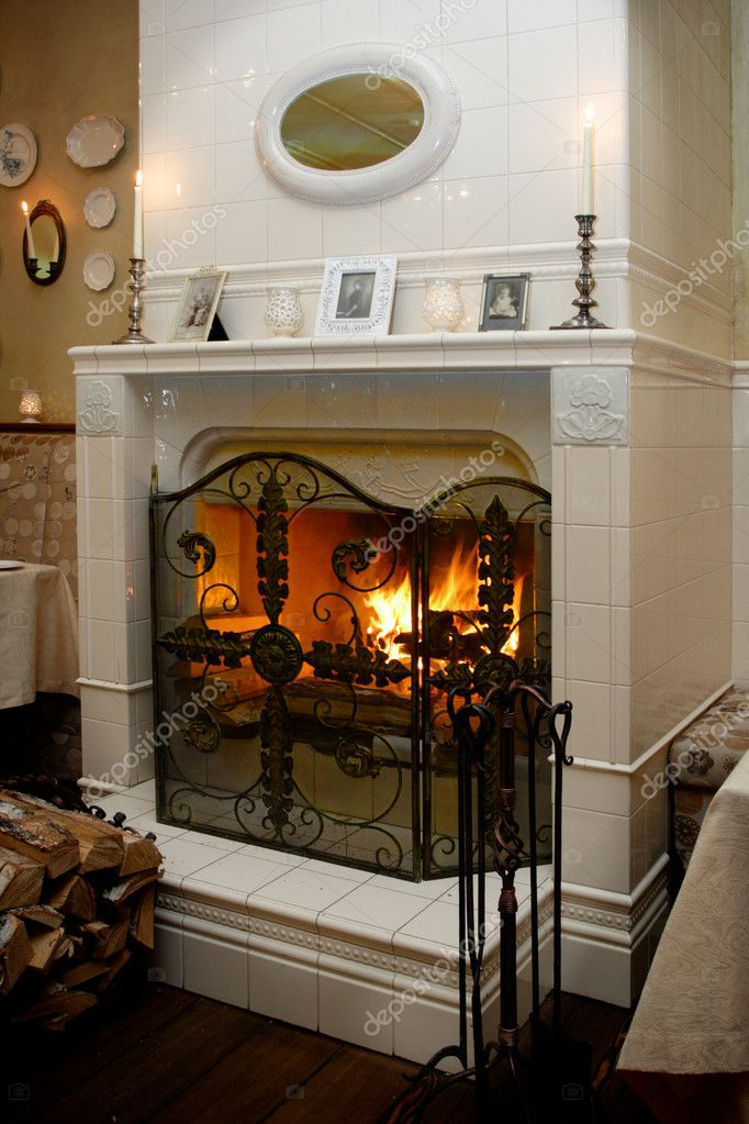 Cabinet fireplace — Stock Photo #9259075