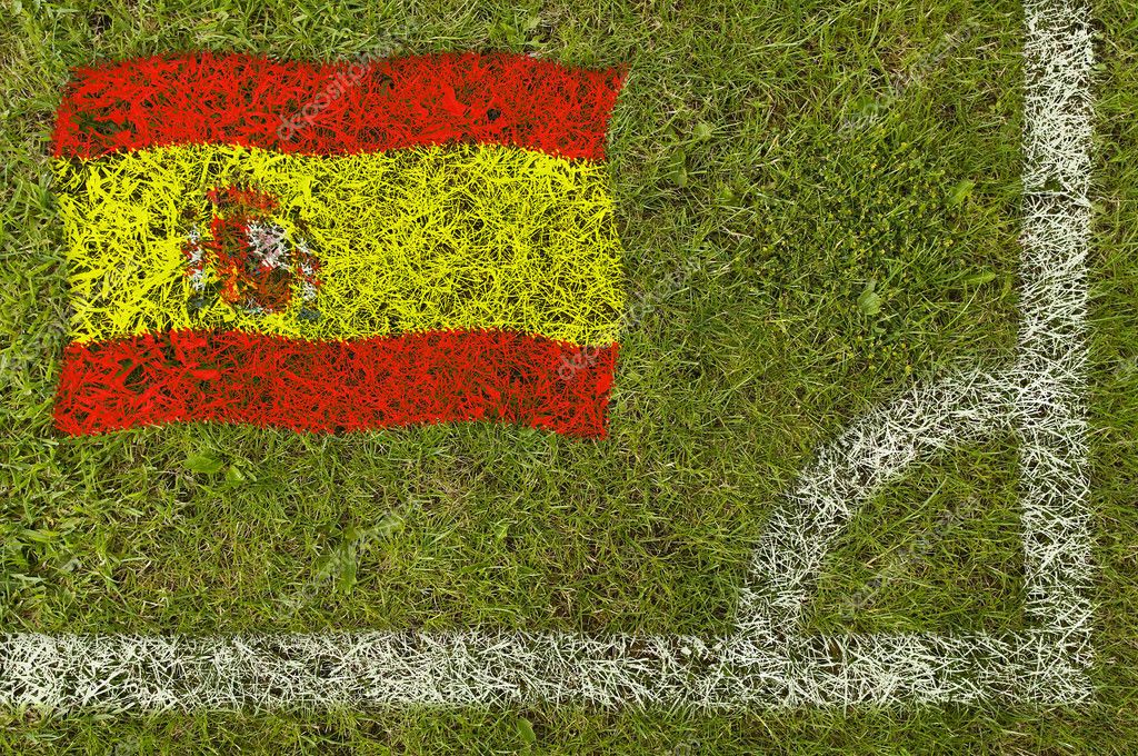 Flag of Spain painted on football pitch — Stock Photo #9252670