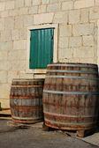Oude houten vaten — Stockfoto