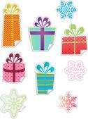 Etiquetas engomadas coloridas regalo y copo de nieve — Vector de stock