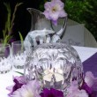 Table decoration with gladiolus. To the romantic rendezvous — Stok fotoğraf