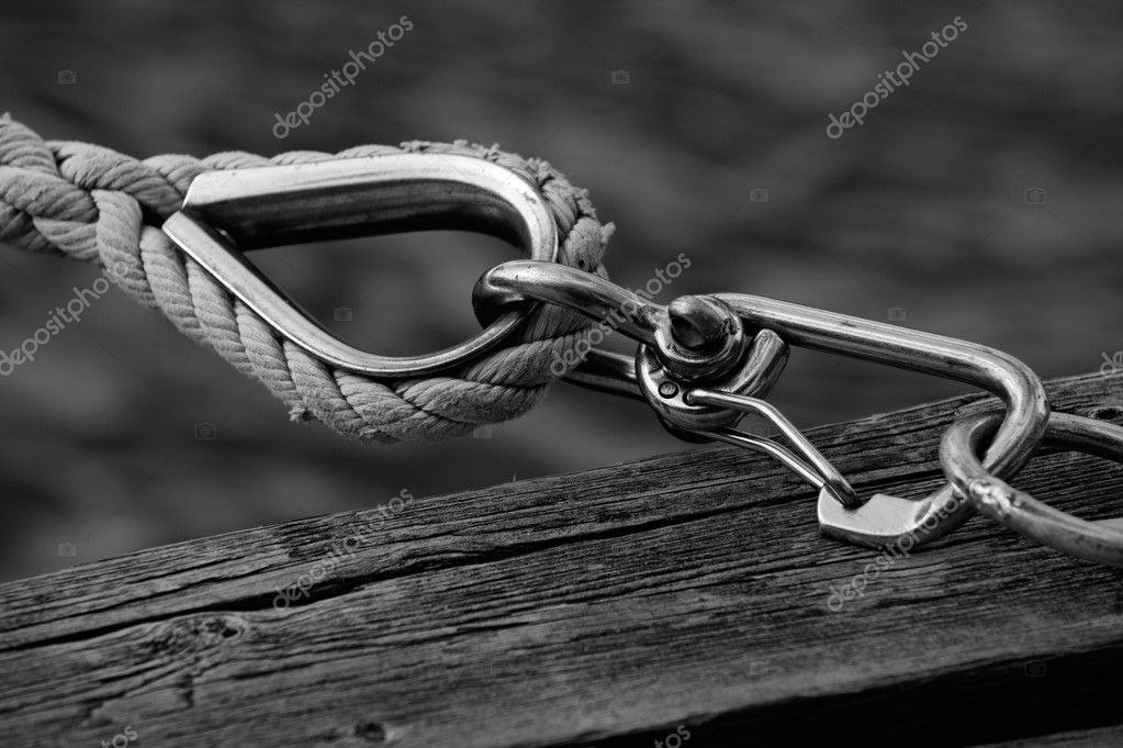 Boat fastening on the dock, close-up shot. — Stock Photo #9795806