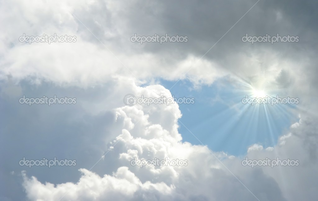 Shinning sun gleaming through the clouds — Stock Photo #9469870