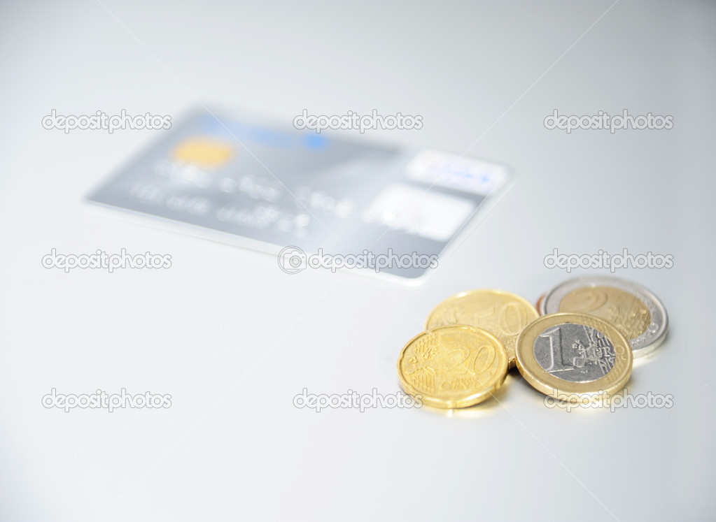 Credit card and coins — Stock Photo #9234390