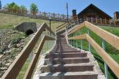 Scale fino alla casa di legno — Foto Stock