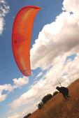 Paragliding - Enjoyment of the sky. — Stock Photo