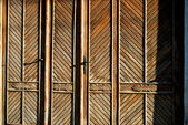 Old wooden dor — Stock Photo
