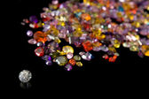 Diamond And Scattered Gem Trail — Stock Photo