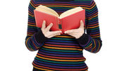 Attractive girl reading — Foto Stock