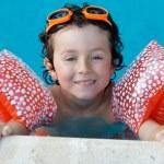 Boy learning to swim — Stock Photo #9433286
