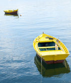 Two yellow rowing boats — Stock Photo