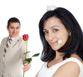 Привлекательный парень, предлагая Роза его невеста — Стоковое фото