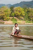 Sailing Laotian Woman — Stock Photo