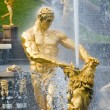 Samson and the Lion Fountain, Peterhof, Russia — Stock Photo