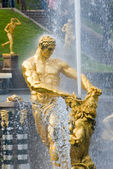 Samson and the Lion Fountain, Peterhof, Russia — Stock Photo
