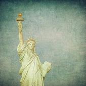 Grunge image of liberty statue — Stock Photo