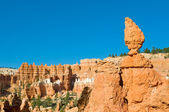 Red pinnacles (hoodoos) of Bryce Canyon, Utah, USA — Zdjęcie stockowe