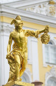 Statue of Perseus with the head of the gorgon Medusa, Petergof, — Стоковое фото