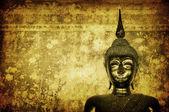 Buddha über grunge-mauer — Stockfoto