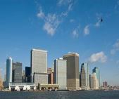 Panorama de manhattan con el vuelo de helicóptero, nueva york, estados unidos — Foto de Stock