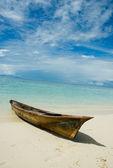 Traditional boat of sea gypsies — Stock Photo