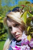 Beautiful young woman — Zdjęcie stockowe