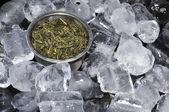 лед кубе зеленый чай — Стоковое фото