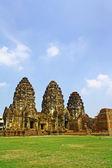 Phra Prang Sam Yod. Lopburi Province, Thailand. — Stock Photo