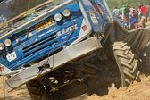 Detaljerad vy av blå lastbil — Stockfoto