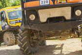 En närmare titt på truck racing. — Stockfoto