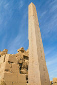 Obelisk in Karnak temple ( Luxor, Egypt) — Stock Photo