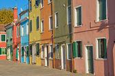 Farbe häuser auf der insel burano — Stockfoto